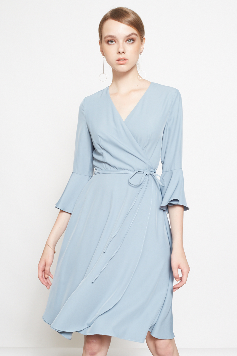 Intq Label Lauren Bell Sleeve Midi Dress In Ash Teal Intoxiquette
