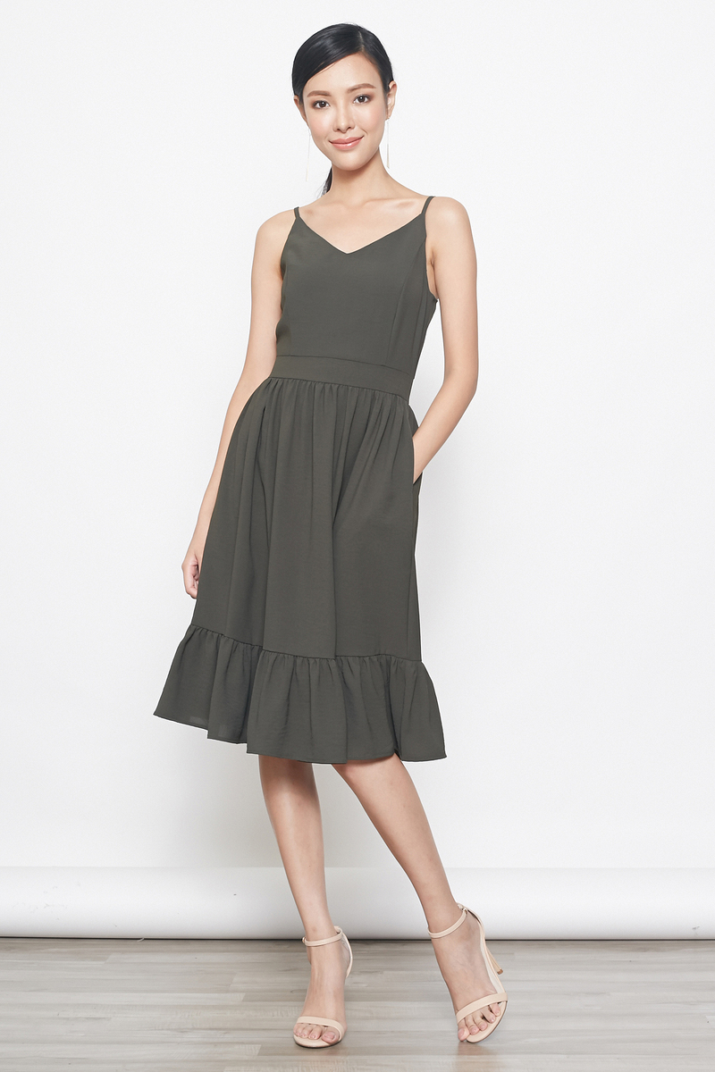 tiered hem midi dress in dark green