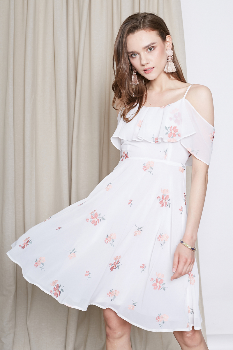 Shoulder Embroidery Dress