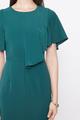 FLUTTERSLEEVE SHIFT DRESS IN EMERALD