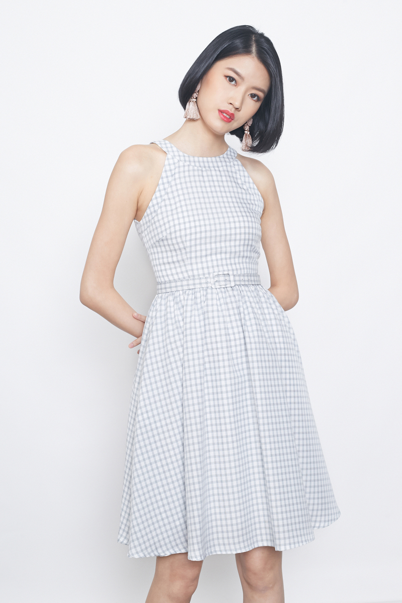 gingham prints belted flare dress in grey
