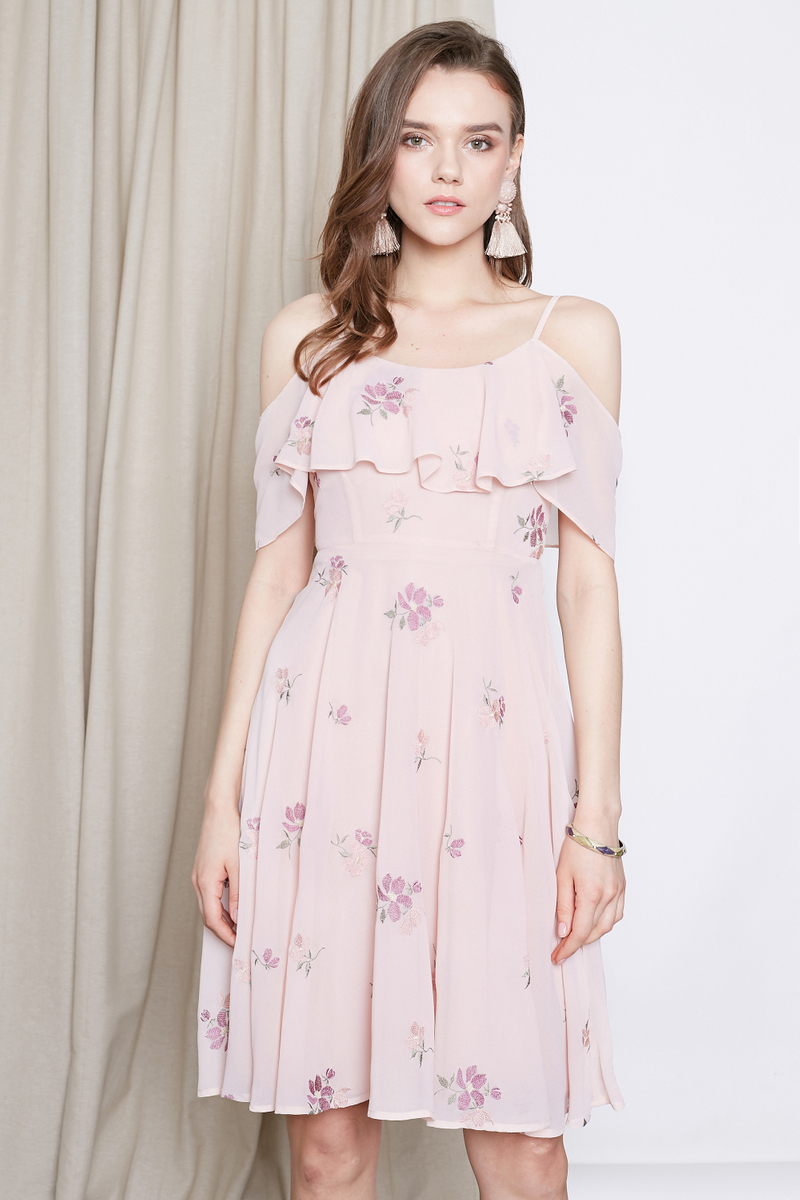 d7077b62abe *INTQ LABEL* FAYE EMBROIDERED COLD SHOULDER DRESS IN PINK | Intoxiquette