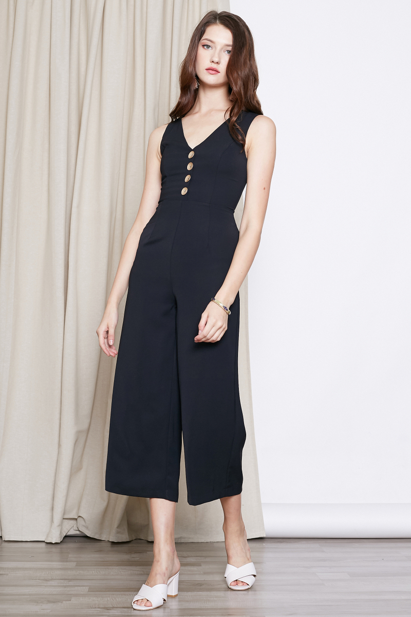 b040080dd98 *INTQ LABEL* NELLY BUTTONS JUMPSUIT IN BLACK | Intoxiquette